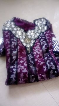 purple and white floral zip-up jacket Virar West, 401303