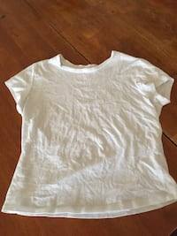 Basic white t-shirt Garage  Montréal, H2V 2A2