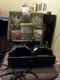 Xbox One + kinect + 2 wireless controllers + games Hopatcong, 07843