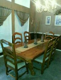 6 chair solid heavy wood dining room table in houston letgo for Table 52 houston