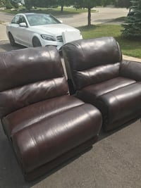 Leather sectional with 2 end power recliners.  No rips, minor scratches. Bolton, L7E 1S9