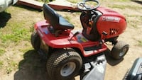 red and black ride on mower Nokesville, 20181