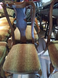 set of 6 chairs Ashley Furniture  Clive, 50325