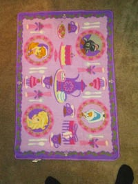 Anna and Elsa rug 32in×44in just rug Tucson, 85712