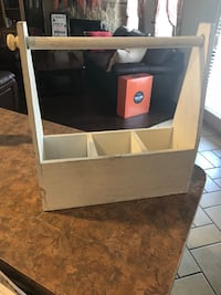Wood paper towel caddy or holder   Must pickup in Mansfield.  Mansfield, 76063
