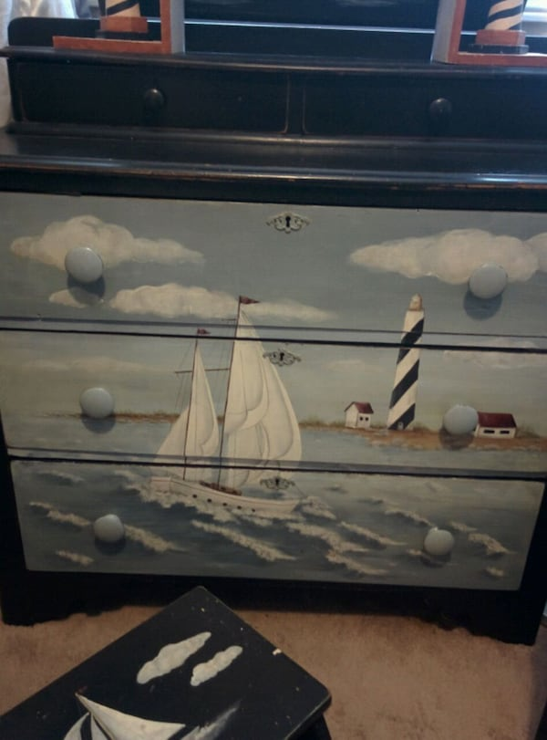 5 piece Hand Painted Nautical Themed bedroom Furn. 1d7bd14f-a255-467e-a2a1-9cce16be9083