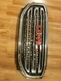 2017/2018 GMC Acadia grille with emblem Mississauga, L5R 3A5