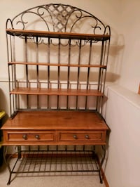 Bakers Rack (solid wood & metal) Sioux Falls, 57106