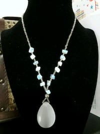 Handmade necklace with Opel chip stone Lynnwood, 98036