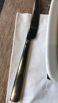 black and gray handled knife Vaughan, L4K 1A2