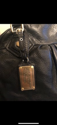 Marc Jacobs Purse Baltimore, 21220