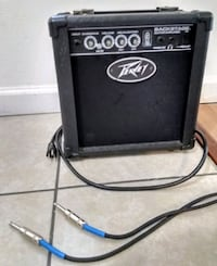 PEAVEY BACKSTAGE GUITAR AMPLIFIER 26 WATT INCLUDES NEW CABLE