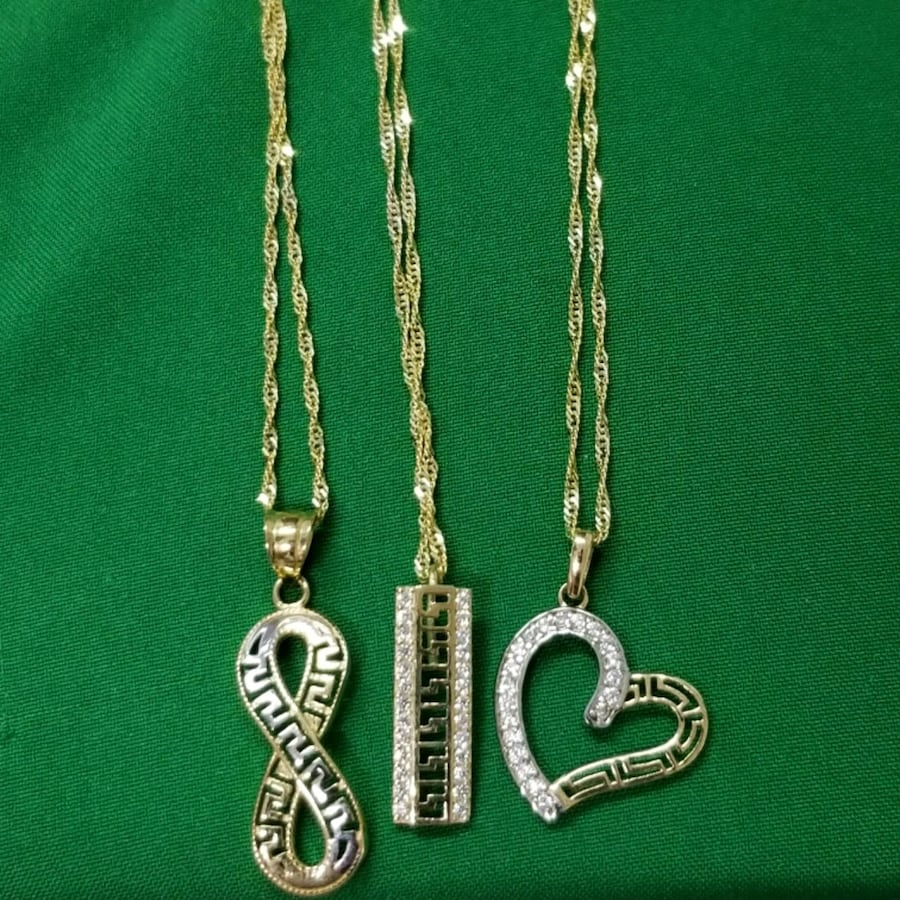 Necklace Versace heart gold 10k