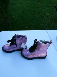 Girls boots size 1 brand new Odenton, 21113