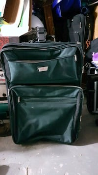 Xl suitcase  519 km