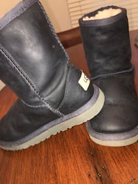 Kids size 13 Washington, 20010