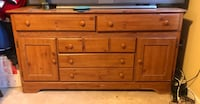 Brown wooden 6-drawer lowboy dresser Woodbridge, 22193