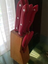 Red knives set