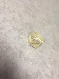 18k Gold ring. Winnipeg, R3T