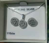 silver and diamond necklace w/earrings Statesboro, 30461