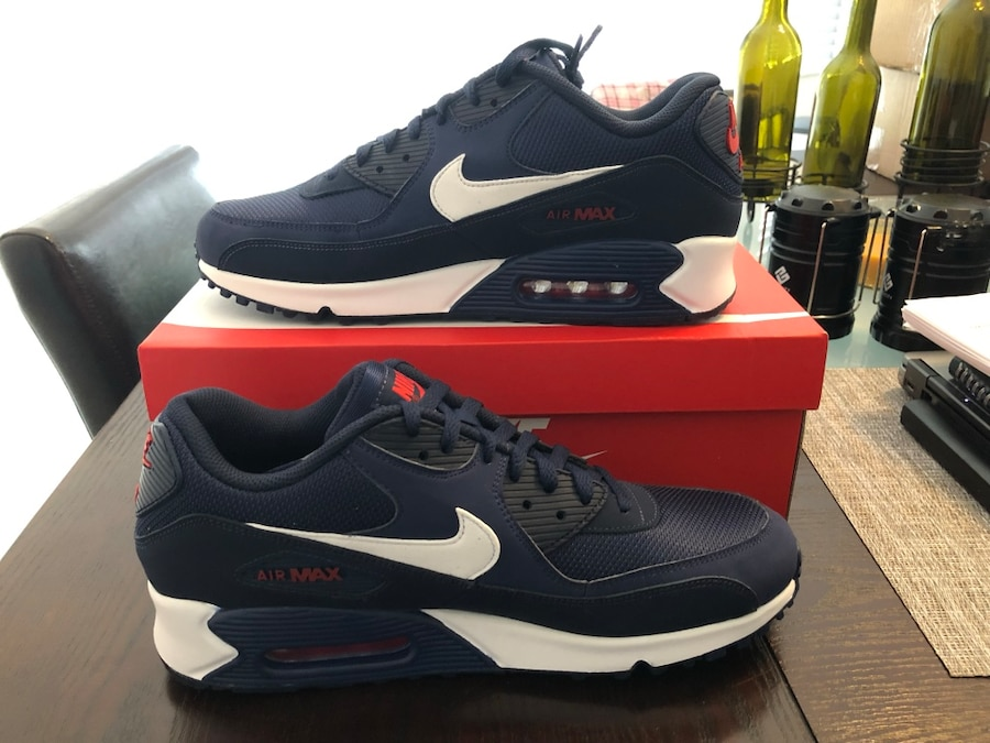 Used Men's Nike Air Max [PHONE NUMBER HIDDEN] Midnight Navy