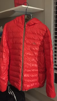 red zip-up bubble jacket Vancouver, V5Z
