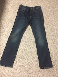 Men's size 31 x32.Great condition