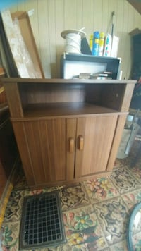 TV stand cabinet Baltimore, 21224