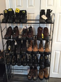 Assorted-color boots lot Fort Erie, L0S 1N0