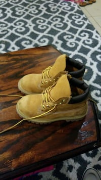 Timberland 11.5M kids.  Great condition Houston