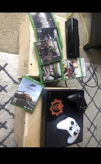 Xbox + Kinect + 2 controls + 6 Games Rodeo, 94572
