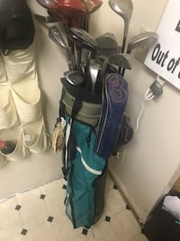 Black and blue golf bag23 clubs