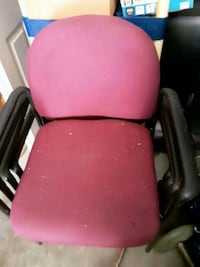 4 office chairs  Utica, 43080