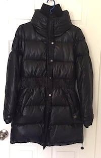 Women's DOWN FILLED winter coat Toronto, M1H 2H1