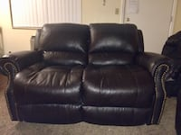 Recliner brown loveseat