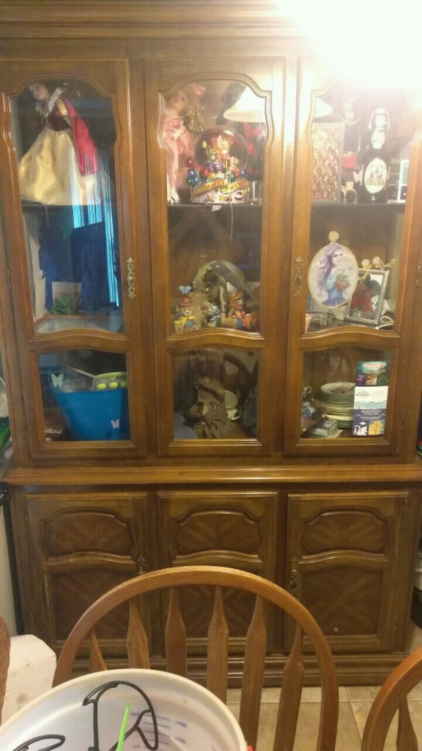 2 pcs Lighted china cabinet class doors and shalfs