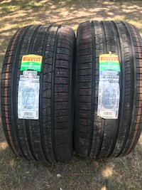 New set of tires for a Jeep Grand Cherokee srt8 track hawk Chicago, 60609