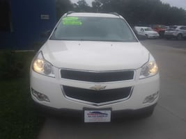 ***ONE OWNER/NO ACCIDENTS*** 2012 CHEVROLET TRAVERSE AWD w/ 3RD ROW--Guaranteed Credit Approval