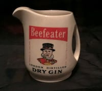Antique Beefeater Wade England Gonzales, 70737