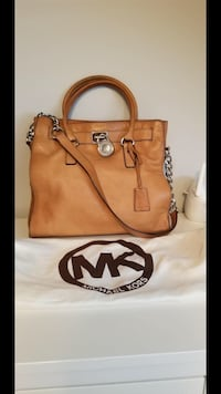 Authentic Michael Kors Hamilton Large Leather Tote Bag**RESERVED** Richmond, V7A 1H2