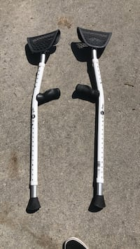 Budget Top Quality Crutches (Athletic/ Casual) Long Beach, 90805