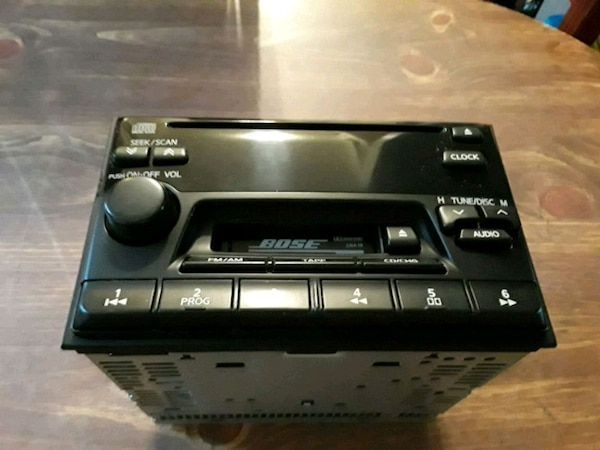 Bose am fm cassette and CD player STERO