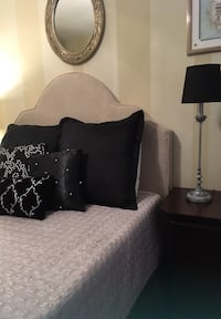 Black and Grey Bedding Set with Matching Lamp New Orleans, 70130