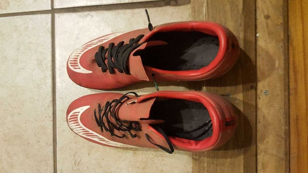 8b87fd97544 Used Boys Nike Soccer Cleats for sale in Newburgh - letgo