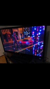 47 inch 4k smart tv free ps3 with purshase  Vaughan, L4H 1Z2