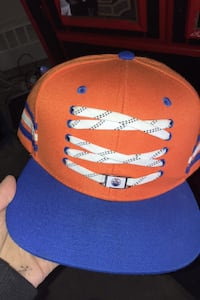 Mint condition oilers hat