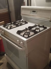 Gas stove  Waterloo, N2J 2N6