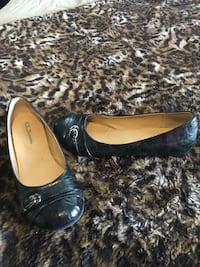 Cute Chinese Laundry Flat shoes Vancouver, 98683