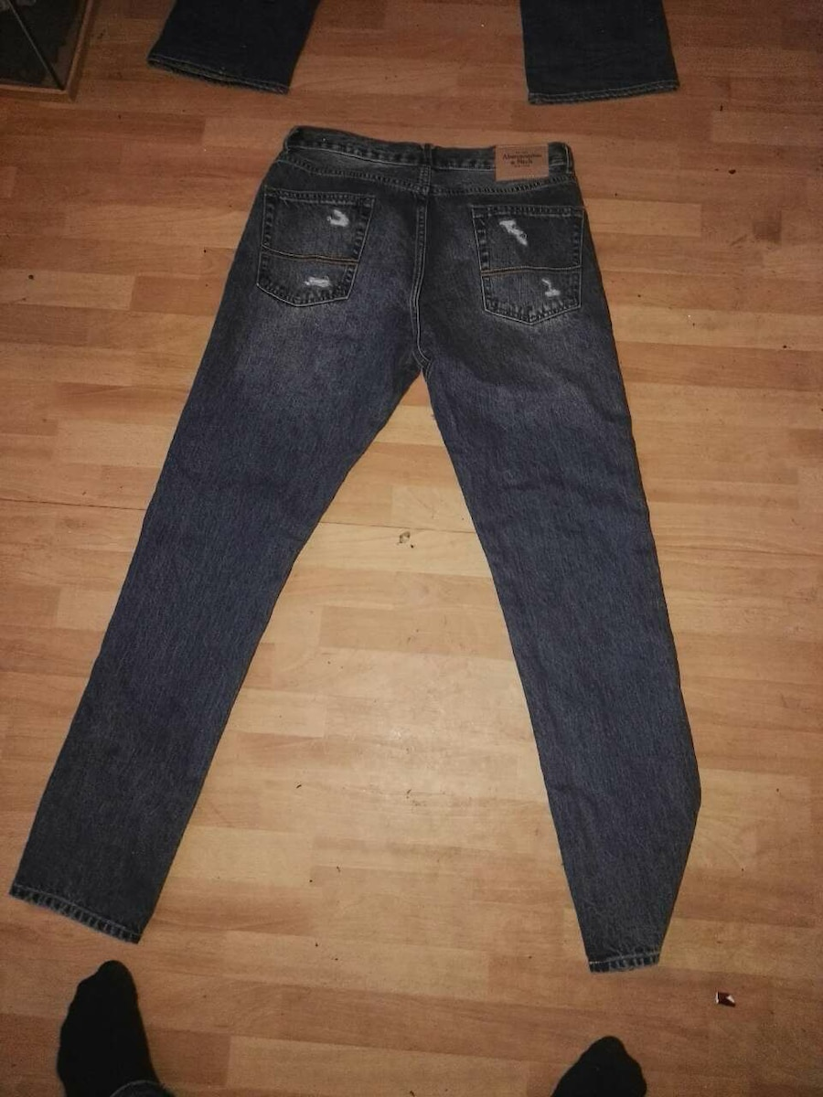 Levis 527 + Abercrombie & Fitch ubrukte bukser  - Norge