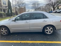 2004 Honda Accord EX . Price is negotiable. Make me an offer , Need gone Asap Germantown